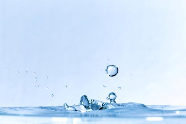 弾ける水_イメージ